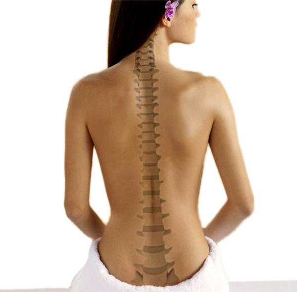 Nach dem Training tut der Rücken unter dem Schulterblatt weh